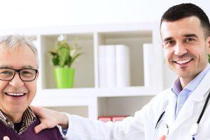 Mos e nënvlerësoni gjakderdhjen që ndodh 6 muaj pas menopauzës